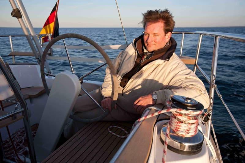 Torsten sailing