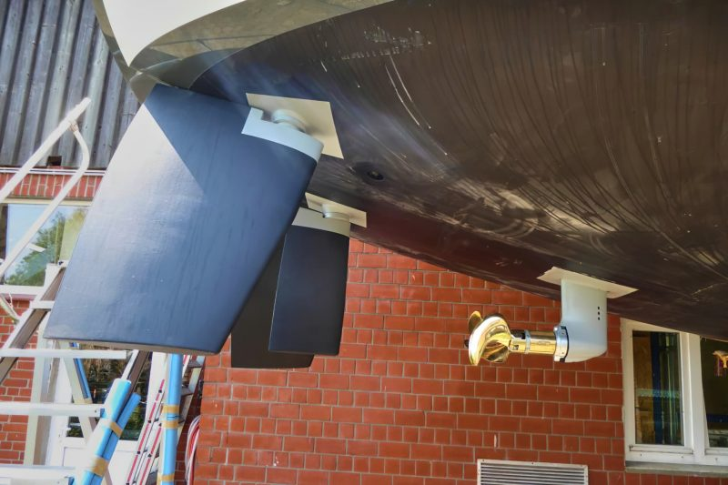 Siriuus Yachts - Our twin-rudder boats have the option of a third rudder