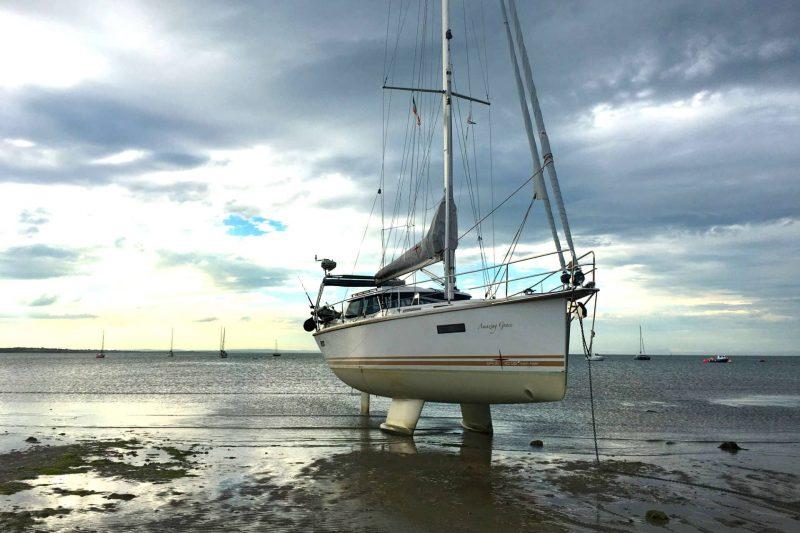 Sirius Yachts - twin keel