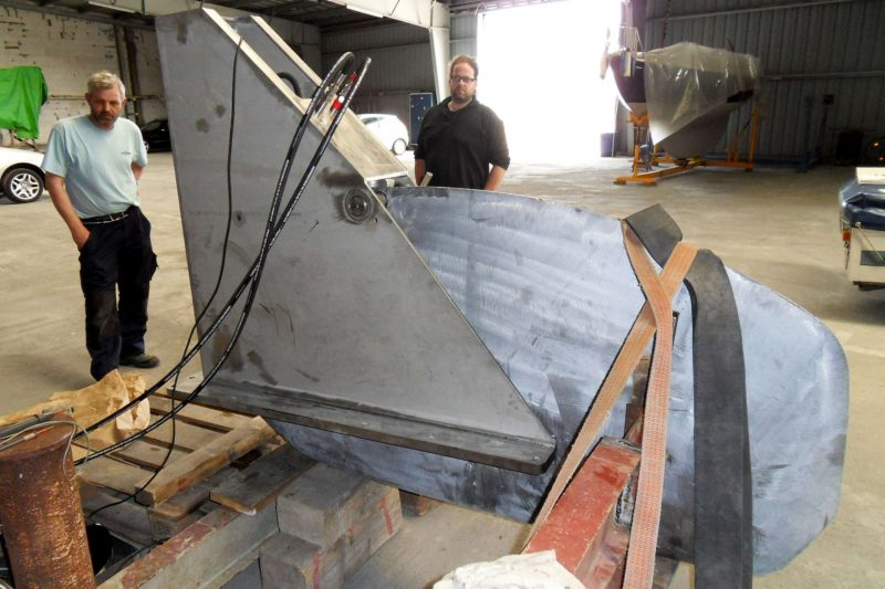 Sirius Yachts - swing keel has a ballasted fin with a single pivot point